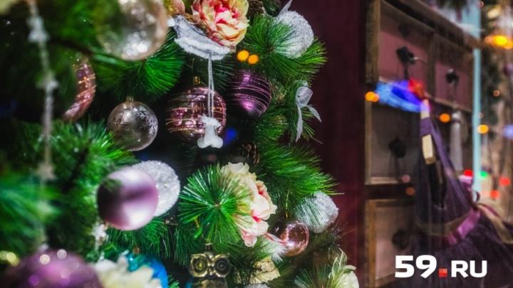 Ангелы, снеговики и тысячи огней: гуляем по Перми, украшенной к Новому году