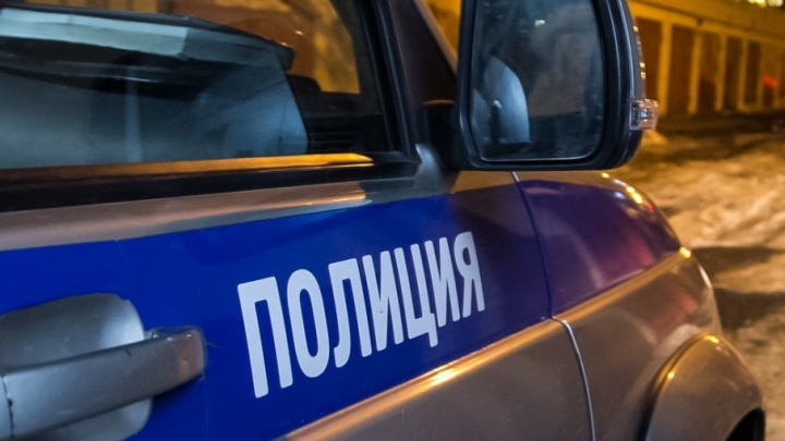 Северодвинский полицейский лишился должности из-за подработки грузчиком