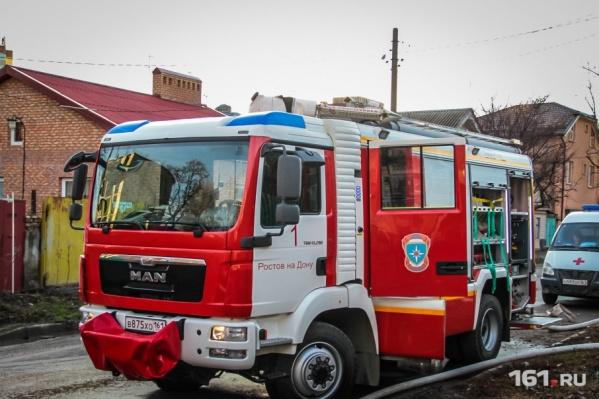 На месте ЧП работали пять пожарных и две спецмашины