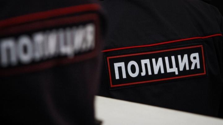 Жителя Ростовской области обокрали во время шопинга