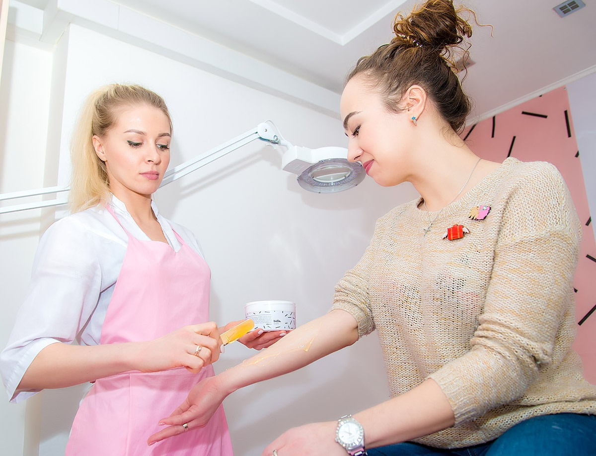 И открыла три салона шугаринга в Челябинске