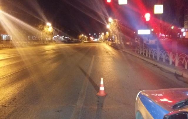 В Тюмени разыскивают водителя, который бросил сбитую девушку на дороге