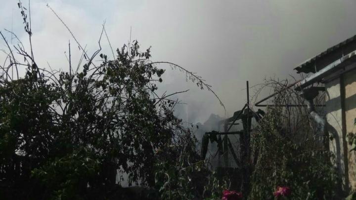 В Ростове в сгоревшем частном доме обнаружили погибшего мужчину