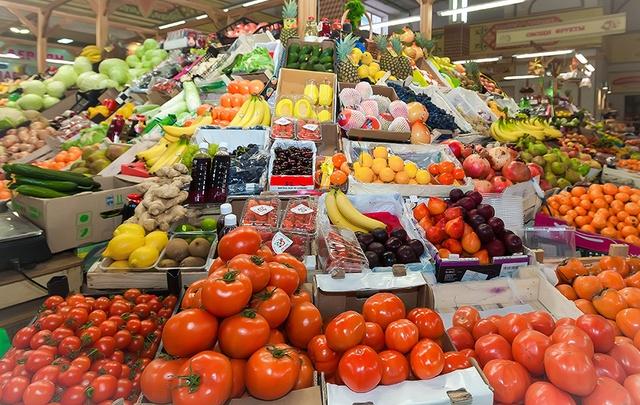 Областные депутаты предложили помочь малоимущим продуктами