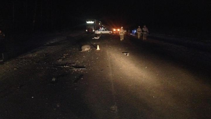 Под Заводоуковском в лобовом ДТП погиб 41-летний водитель