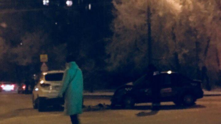 В аварии на Мысу пострадали два человека, их увезли в больницу