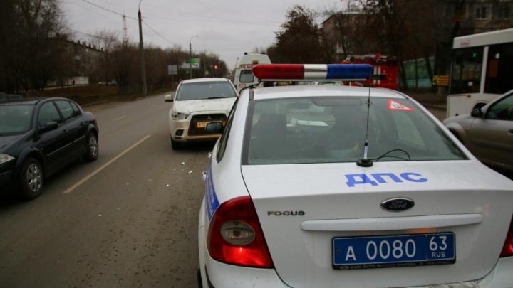 В Самаре на Киевской/Тухачевского автоледи сбила молодого мужчину