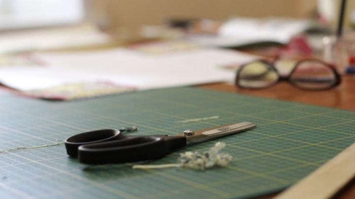 В Тольятти работник колонии вымогал деньги у директора швейной фабрики
