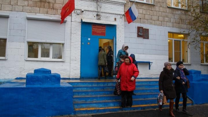 В Волгограде школа №85 помолчит в память о погибшем подростке