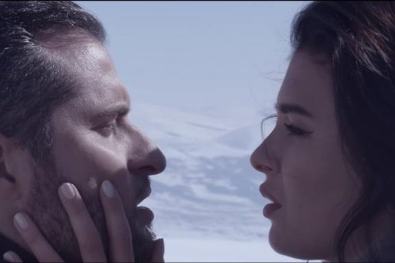 В конце клипа София и Ираклий находят друг друга