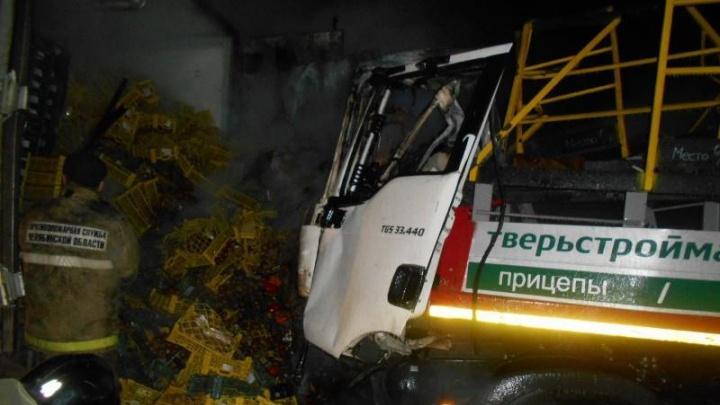 На М-5 снова трагедия: столкнулись два грузовика