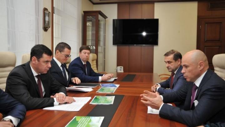 Дмитрий Миронов провел рабочую встречу с вице-президентом ПАО Сбербанк Игорем Артамоновым