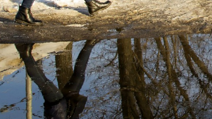 В Заволжском районе люди остались без воды из-за прорвавшейся трубы