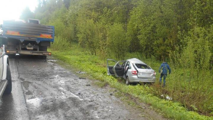 В Прикамье водитель Lada Granta погиб в ДТП с КАМАЗом
