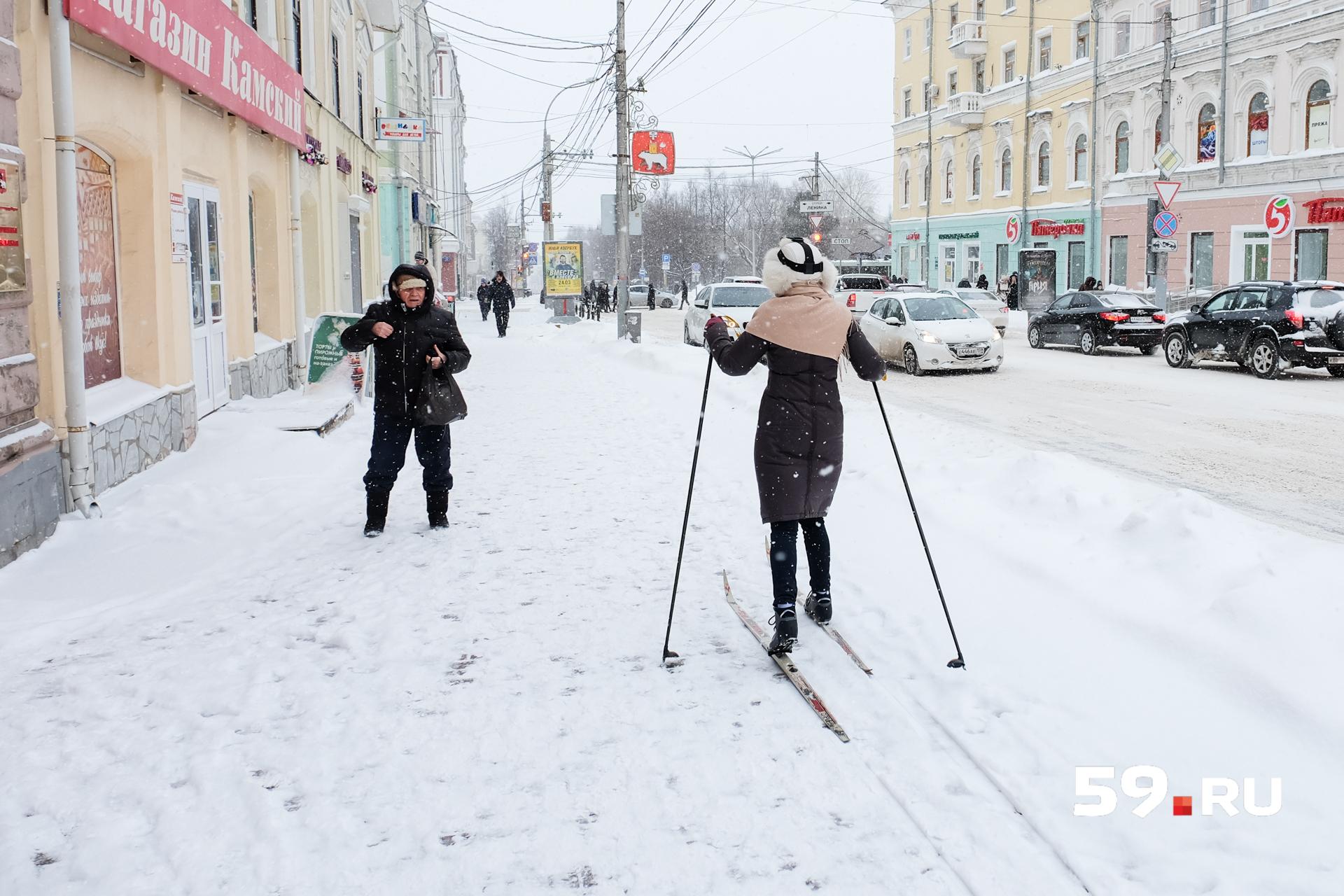 Только по магазинам с лыжами неудобно ходить
