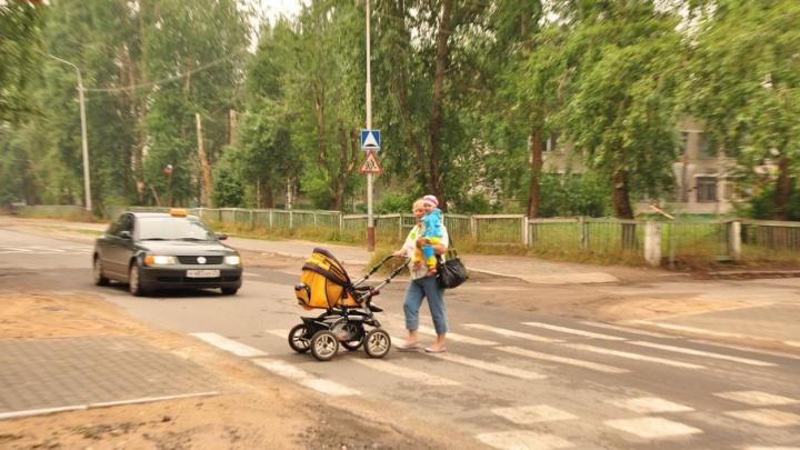 Чиновник, «сядь» на подрядчика: в Архангельске не торопятся с нанесением дорожной разметки