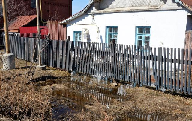 В затопленном челябинском поселке построят ливневку за счет жителей