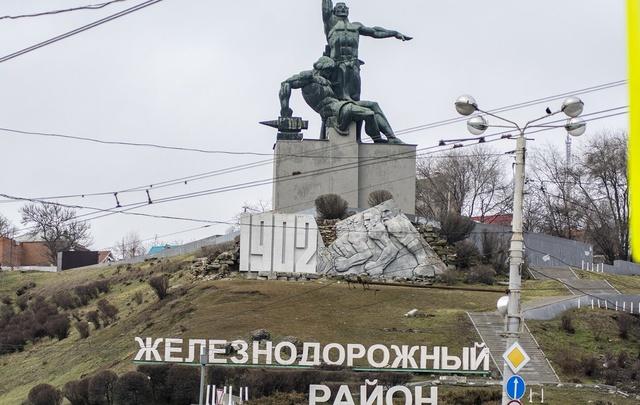 Во всех районах Ростова прошла предпраздничная уборка