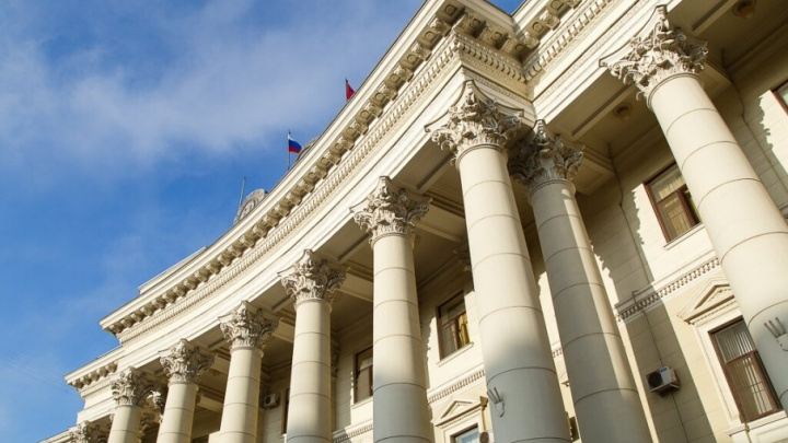 Волгоградский губернатор Андрей Бочаров перехотел личную охрану