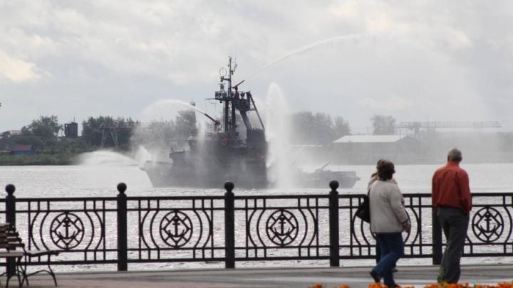 На набережной Архангельска установят памятный камень в честь городов воинской славы