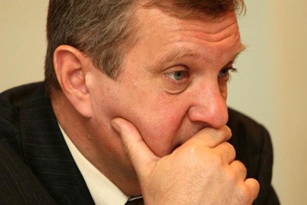 У депутата Мурылёва долгов на два миллиарда меньше, чем у жены