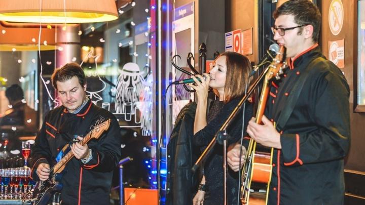 Вечерний джаз, ожившие картины и танцующие фонтаны: чем запомнятся праздничные выходные в Ростове