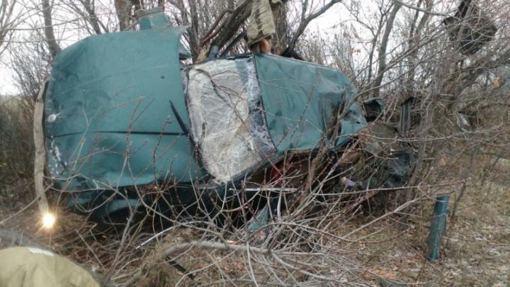 Смертельный занос: водитель и пассажирка погибли в BMW на трассе в Челябинской области