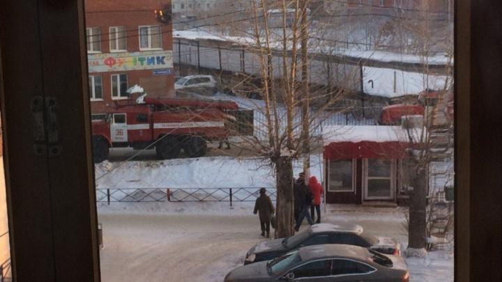 «Была белая вспышка и хлопок»: в Перми из детского сада эвакуировали 23 воспитанника