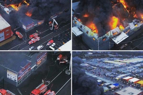 Пожар вспыхнул в магазине со строительными и хозяйственными товарами
