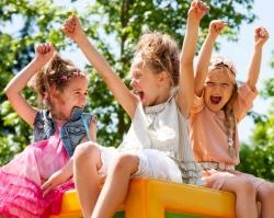 Летние каникулы: куда отправить ребенка