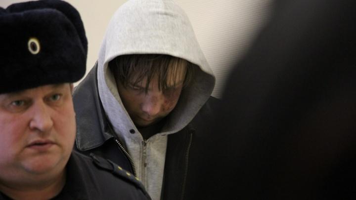 Подозреваемому в убийстве двух архангельских таксистов понадобилась помощь медиков
