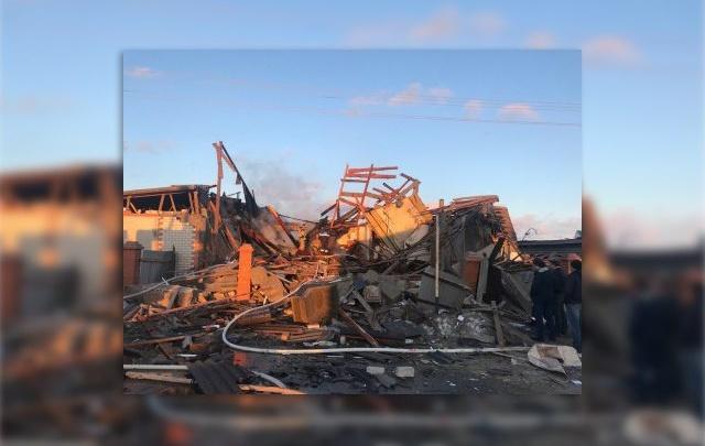 Двое пострадавших, которые получили серьёзные ожоги при взрыве в Заводоуковске, находятся в реанимации