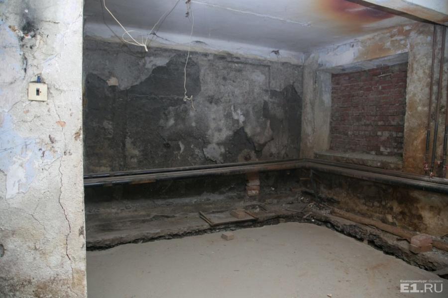 Говорят, что здесь были комнаты.