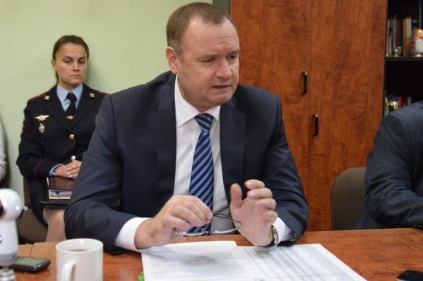 Андрей Сергеев рассказал, что иногда, воспитывая полицейских, приходится общаться даже с их родителями