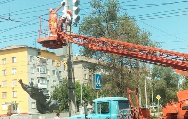 На пересечении проспекта Металлургов и улицы Таращанцев в Волгограде появится светофор