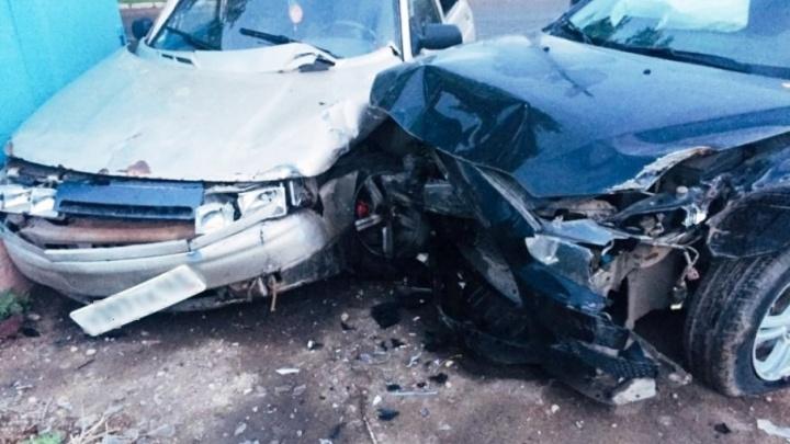 В Самаре пьяный водитель Mitsubishi протаранил «десятку» на встречке
