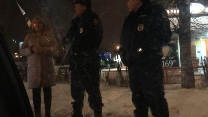 В Архангельске задержали пятерых волонтеров Навального