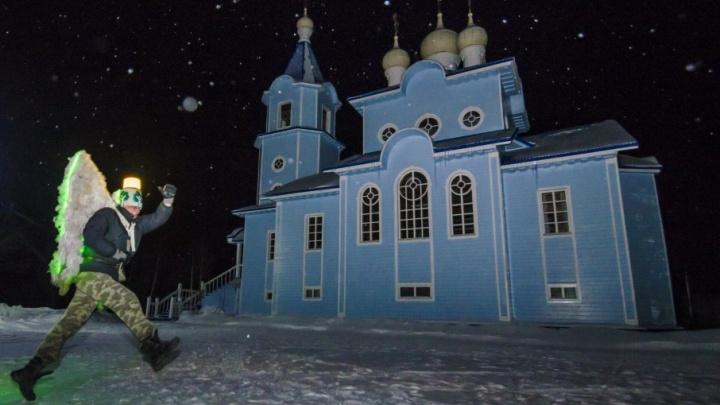Архангельское Крещение — 2018: в Радово начали день с очереди и приезда Древарха