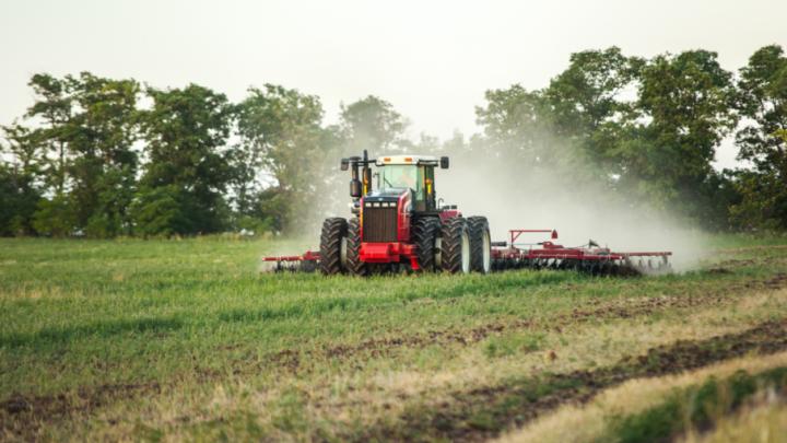 Ростсельмаш предлагает пермякам трактор RSM 2375 на выгодных условиях