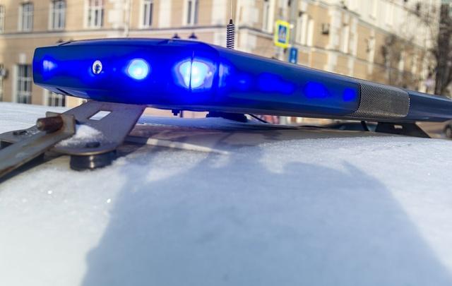 Ночью в Ростове с 15-го этажа выпал человек