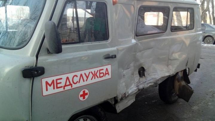 «Выезжал со второстепенной»: аварию с маршруткой на ЧМЗ учинил водитель больничного УАЗа