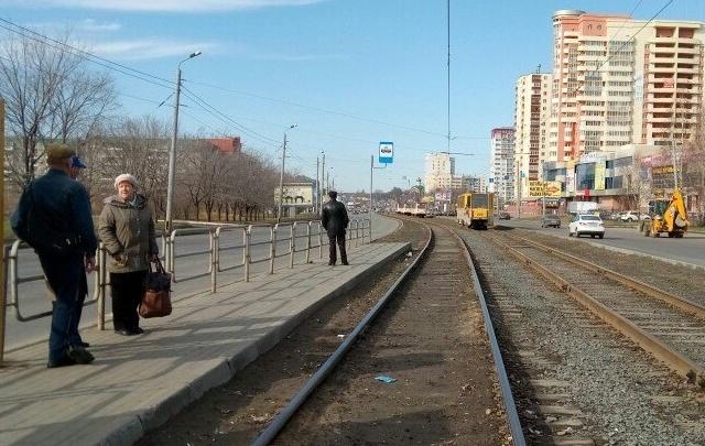 На северо-западе Челябинска из-за поломки вагона встали трамваи