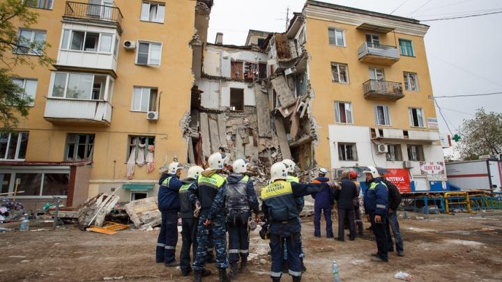 В квартиры разрушенного дома на Университетском пустили первую группу жильцов