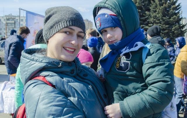Воздушные шары, игры и мастер-классы: в Челябинске прошла акция «Жизнь с аутизмом»