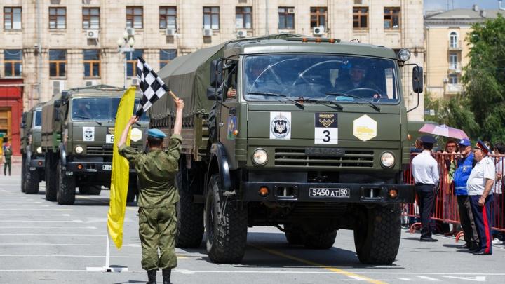 Экипажи ЮВО стали победителями по итогам первого этапа военного ралли
