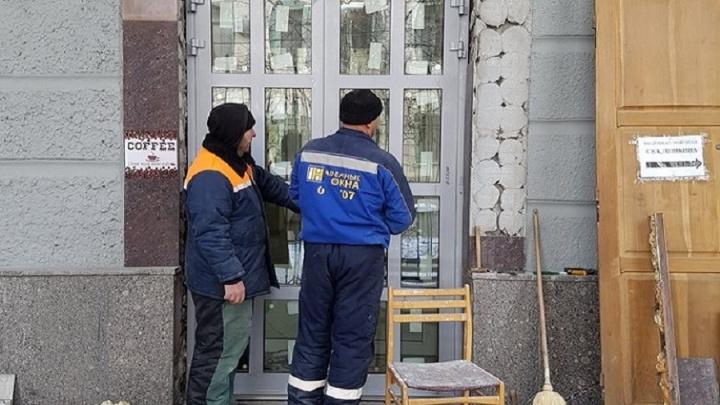 Зданию Облпотребсоюза в Волгограде вернут исторические дубовые двери