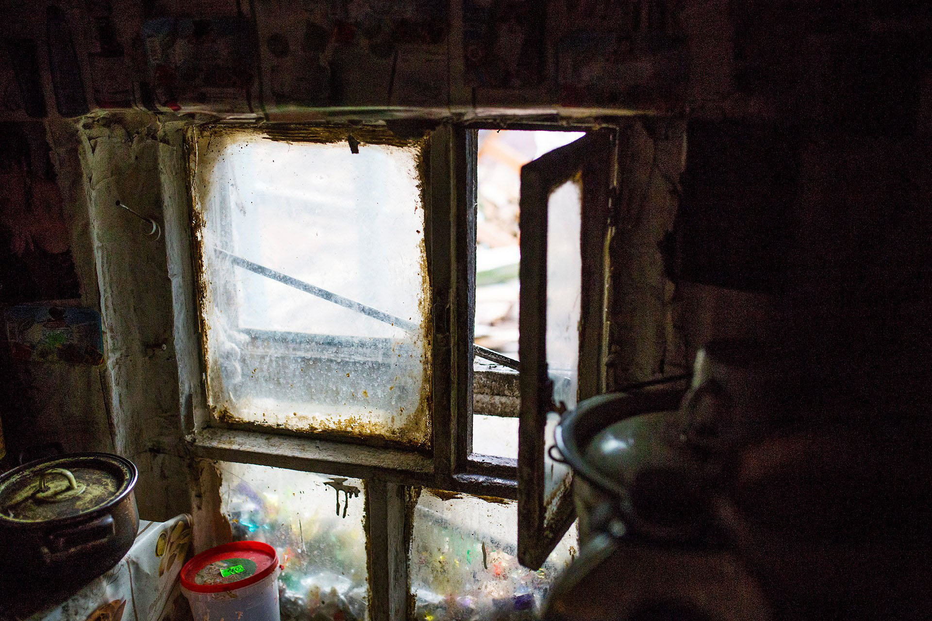 Окно, растущее из земли