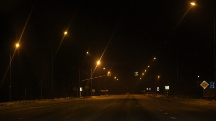 На трассе в Ярославской области эвакуатор задавил человека