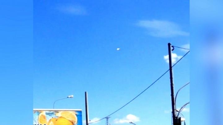 Очевидцы: над «Самара Ареной» летал дирижабль