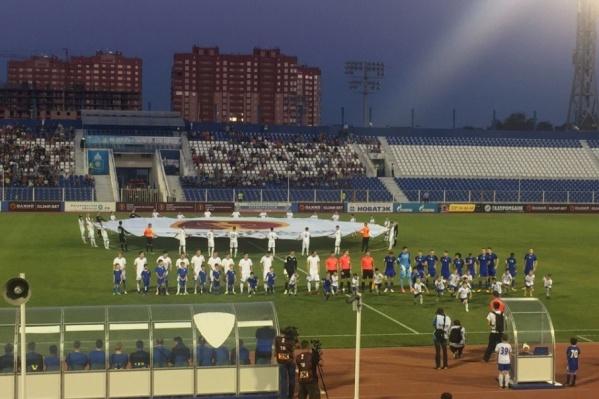 Команда перед началом игры в Астрахани